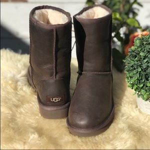 UGG Leather Waterproof 🍂Womens Sz 5